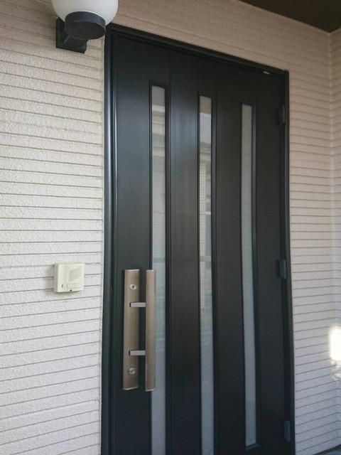 外壁 玄関ドア 高圧洗浄