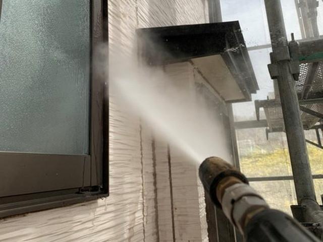 外壁塗装 高圧洗浄 外壁 窓