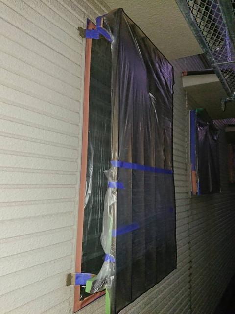 塗装工事 養生 窓格子
