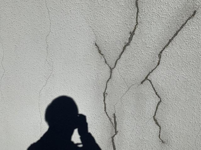 外壁 現地調査 モルタル 劣化 ひび割れ 以前の修復
