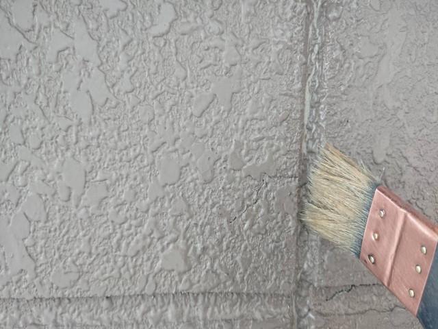 外壁塗装前 コーキング工事 プライマー塗布