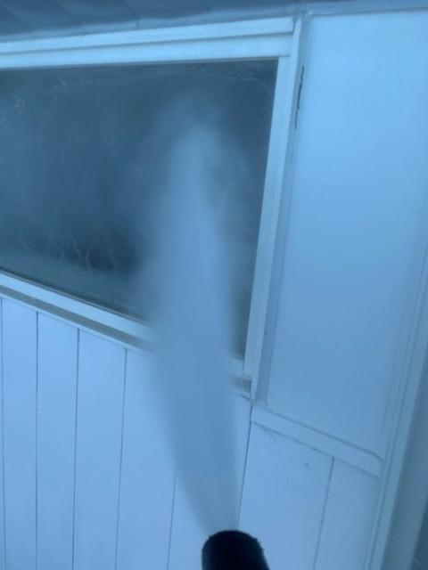 外壁塗装 高圧洗浄 窓