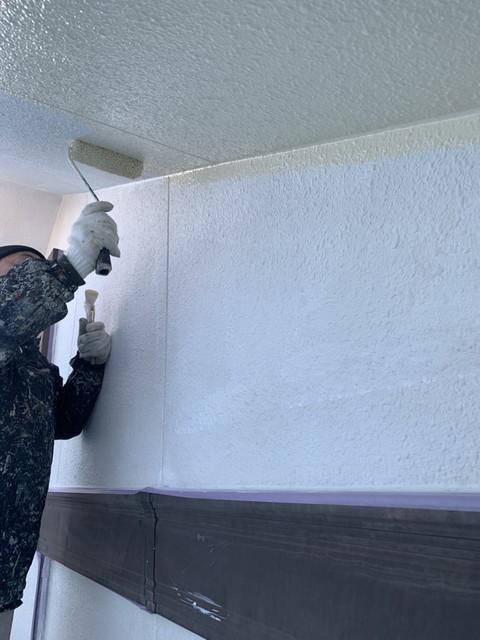 外壁塗装 付帯部塗装 軒天井 中塗り