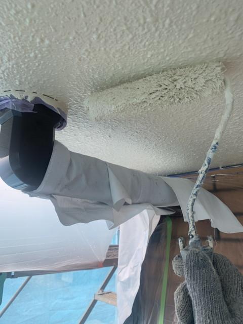 外壁塗装 付帯部塗装 軒天井 上塗り