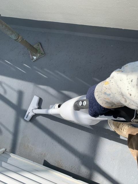 ベランダトップコート塗装工事 清掃