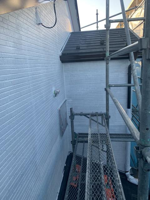外壁 下塗り施工後