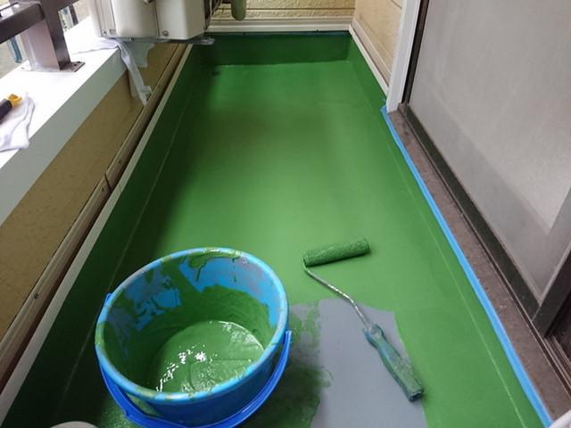 伊勢崎市でアパートの外壁工事とベランダ防水工事をさせていただきました(ベランダ防水工事)