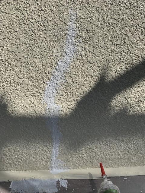 外壁塗装 ヒビ補修