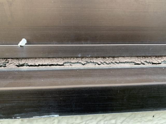 外壁塗装 現地調査 劣化 サッシ廻り コーキング