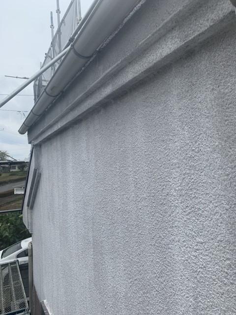 外壁 下塗り後