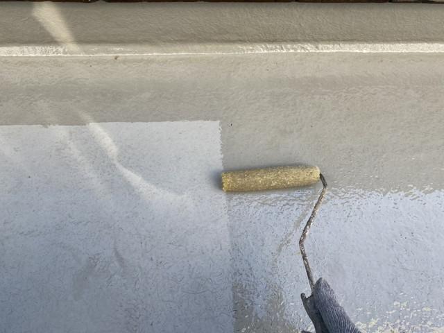 ベランダトップコート塗装工事 下塗り